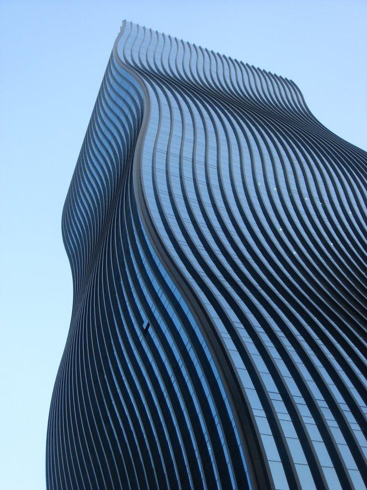 wave building by robert paul realtor